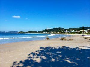 praia-de-quatro-ilhas